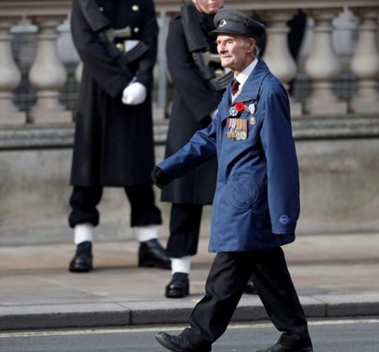 Please Help 96-year-old Normandy Veteran Ian Aitchison (Amy R.'s Dad)