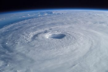 Hurricane_Isabel_from_ISS (350x232)